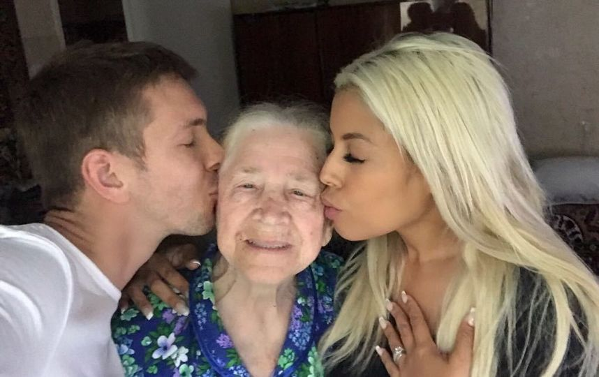 алексей маетный с бабушкой