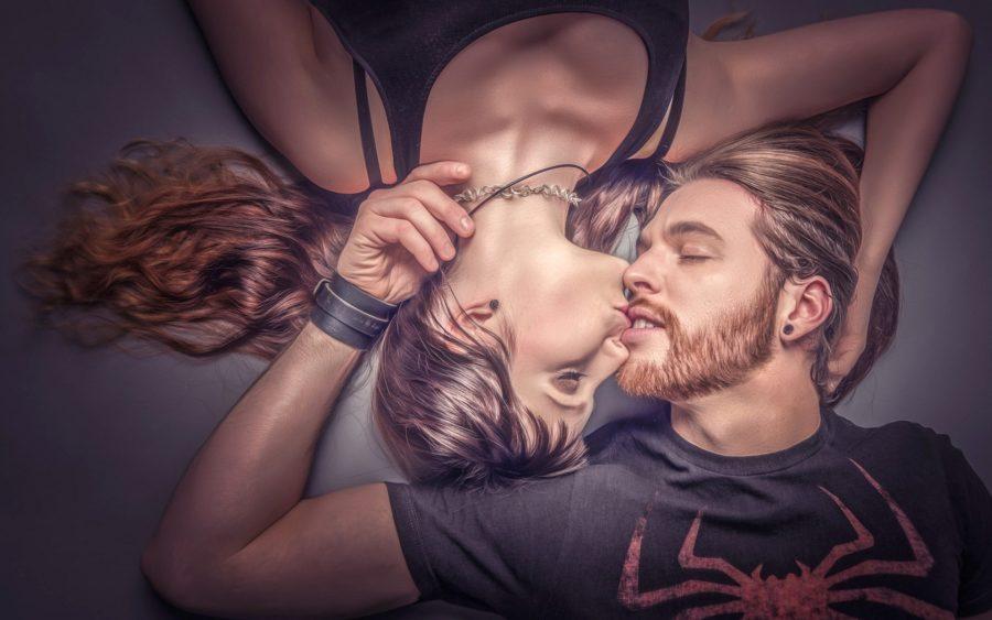 Роль поцелуев в отношениях