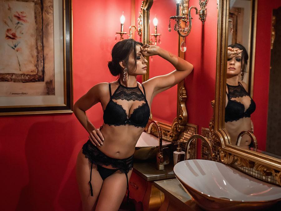 Секс перед зеркалом