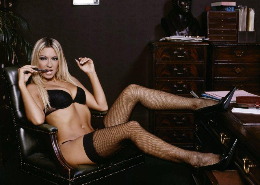 Секс с сексуальной секретаршей