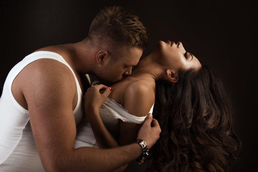 Интрамаммарный секс