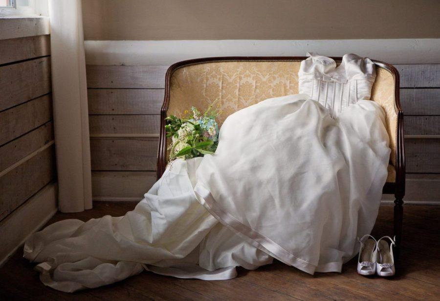 Что делать со свадебным платьем после развода