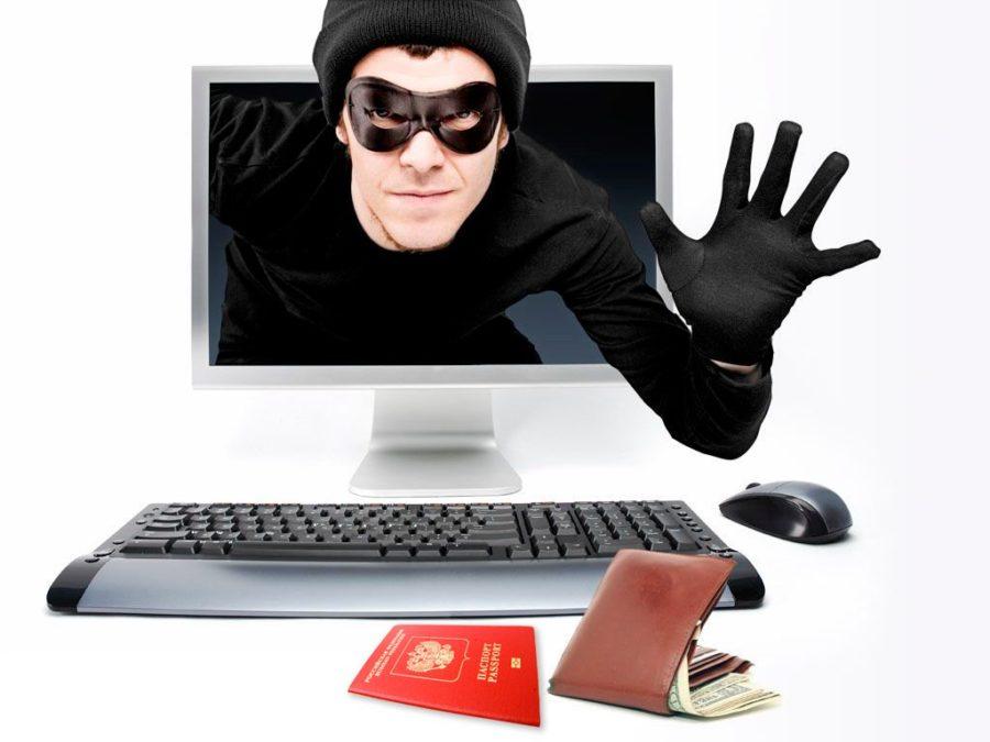 Мошенник пытается украсть кошелек