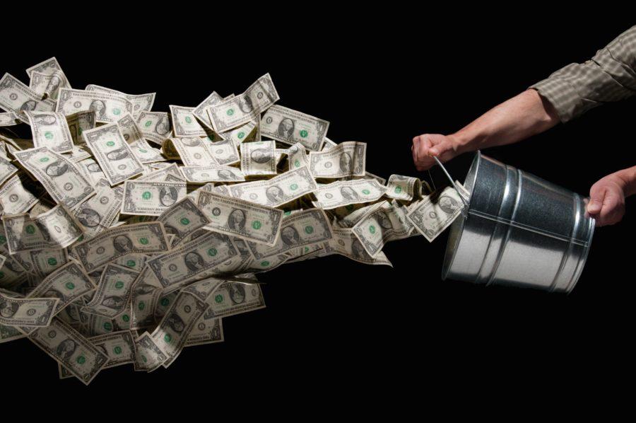 деньги и ведро