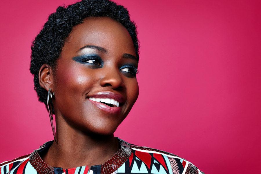 африканка улыбается
