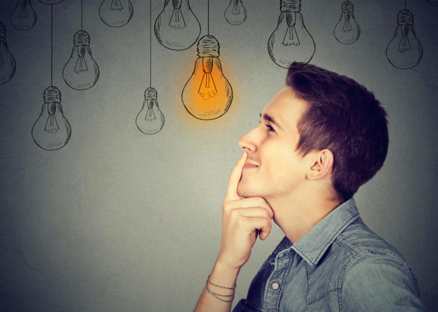 Парень думает над новыми идеями
