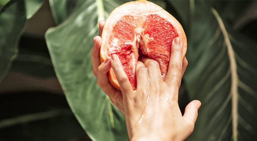 грейпфрут с пальцами