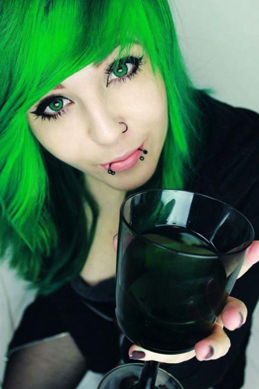 Красивые девушки с зелеными волосами: 76 ФОТО