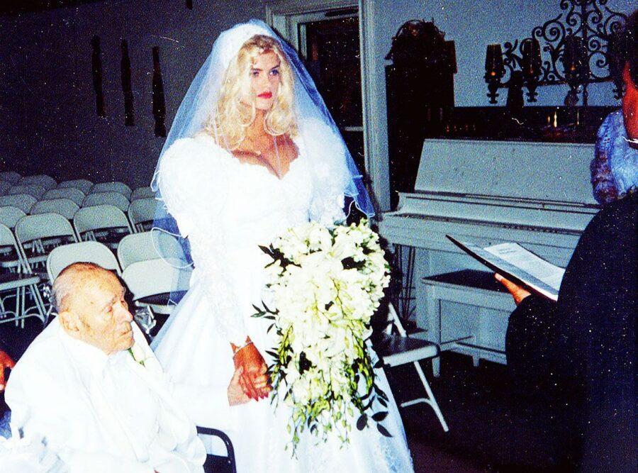 Анна Николь Смит свадебное фото