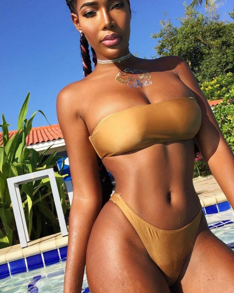темнокожая девушка