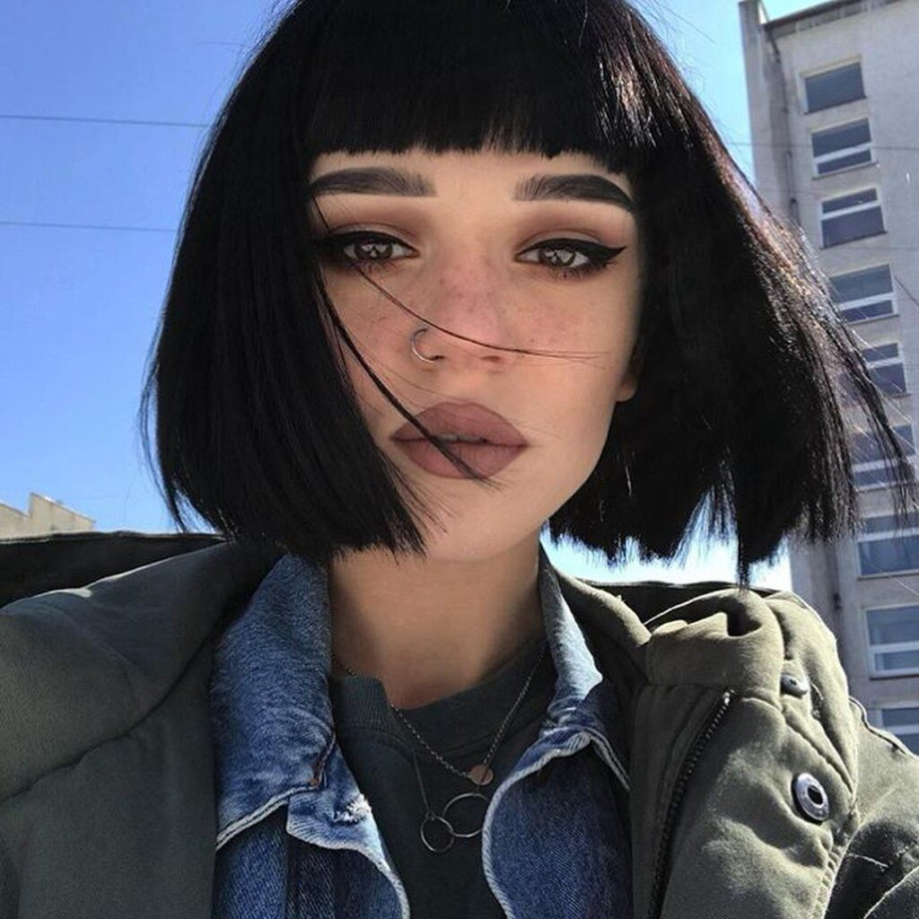 74 ФОТО красивых девушек с каре