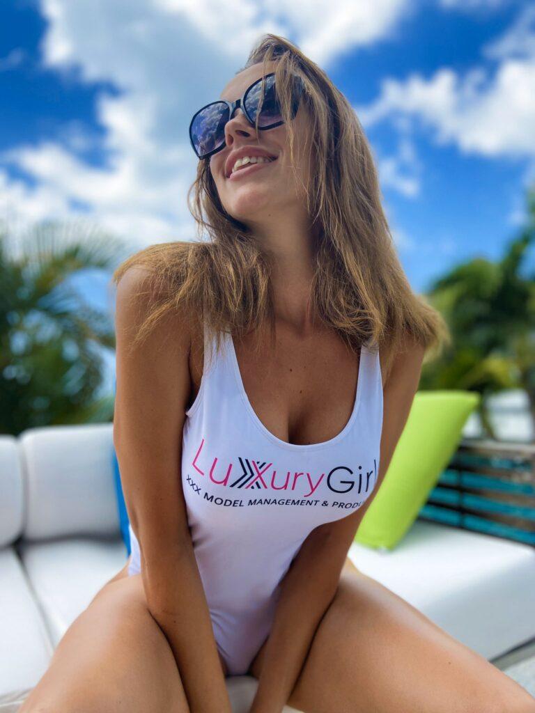 luxurygirl