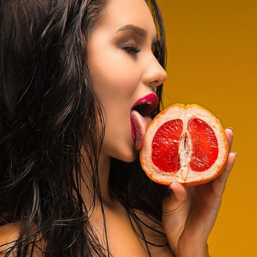 Красивый язык девушки: 74 сексуальных ФОТО