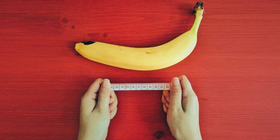банан и измерительная лента