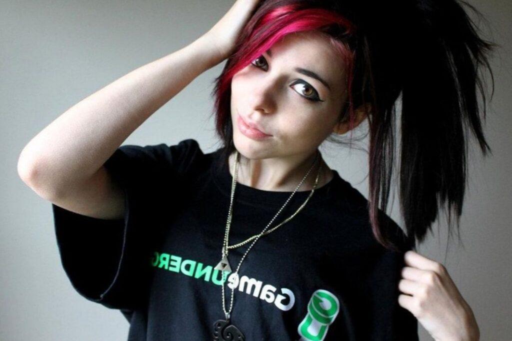 Красивые девушки-геймерши (66 ФОТО)