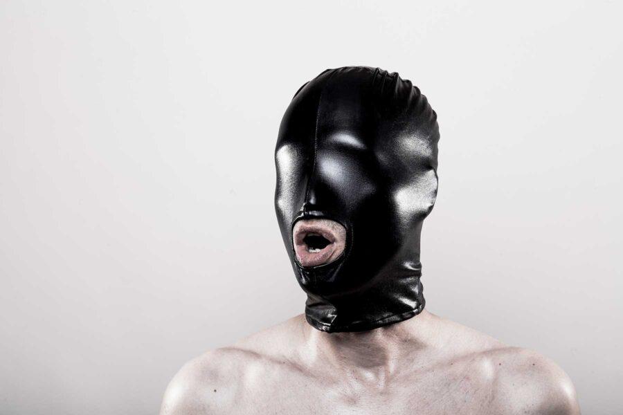 бдсм маска скрывающая глаза