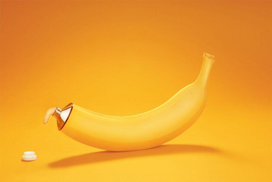 банан течет