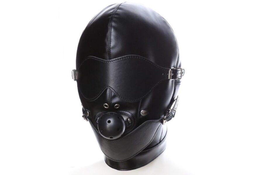 бдсм маска с кляпом