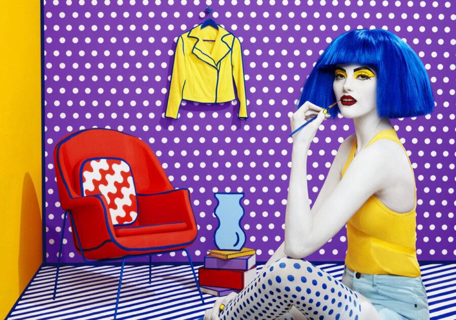 девушка в стиле поп арт