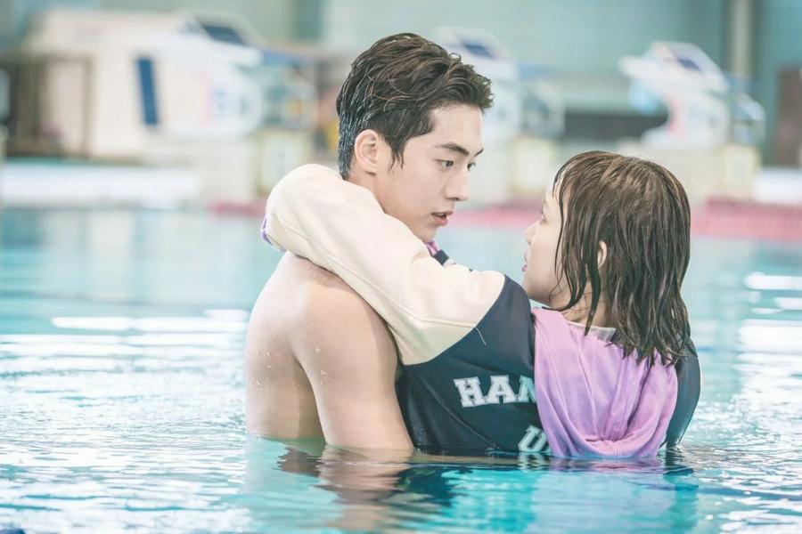 «Фея тяжелой атлетики» (2016, Южная Корея)