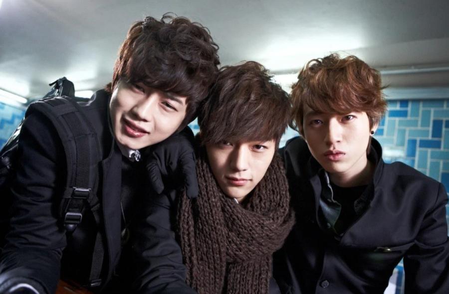 «Заткнись! Красавчики играют» (2012, Южная Корея)