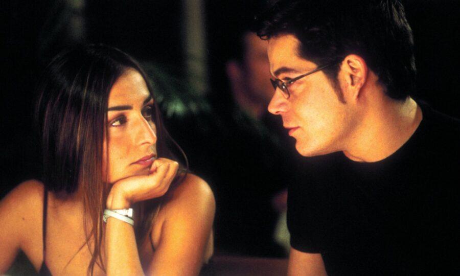 Без стыда (2001).