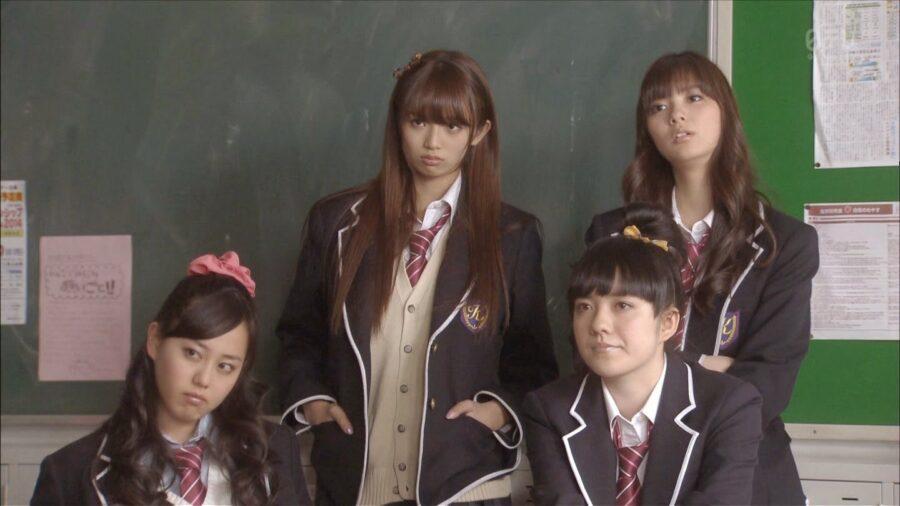«35-летняя школьница» (2013, Япония)