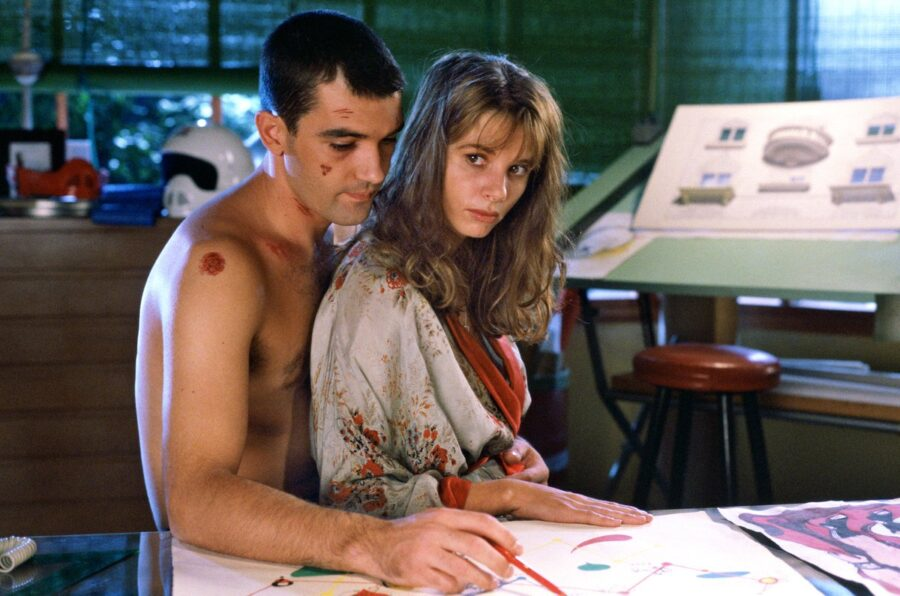 Комедия, криминал, мелодрама: «Свяжи меня» (1989, Испания)