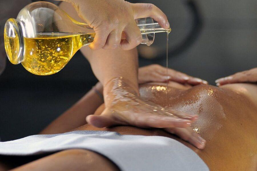 массаж с маслом для массажа
