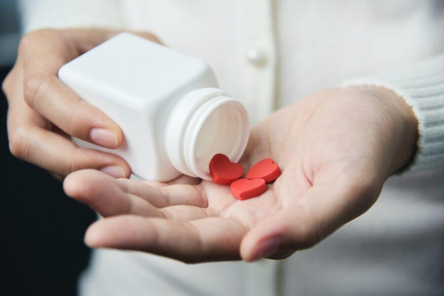 таблетки в форме сердечка