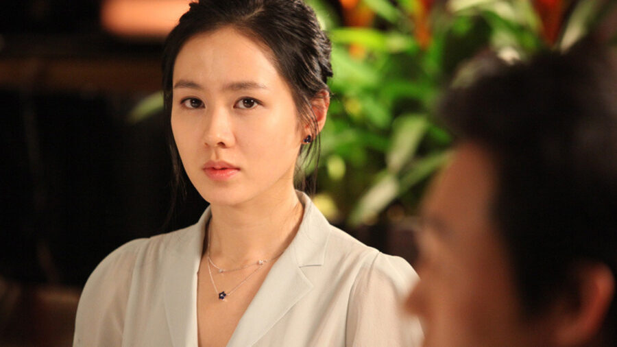Белая ночь / Baekyahaeng: hayan eodum sokeul geolda (2009)