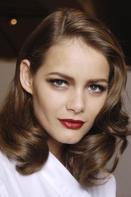 Самые красивые брюнетки – 50 девушек, по которым сходят с ума все мужчины