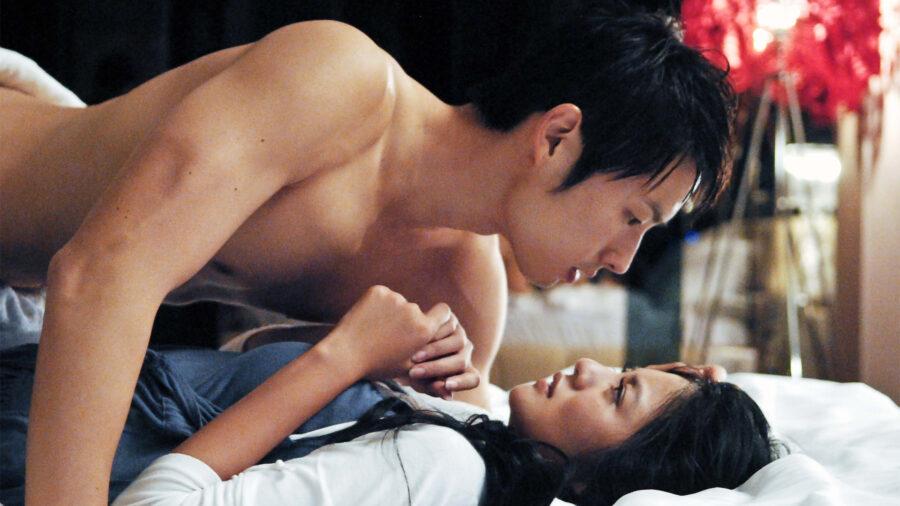 Сливовый цвет / Cheongchun (2000)