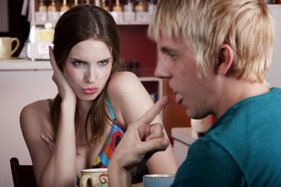 парню не нравится девушка