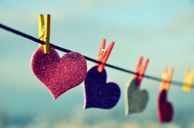 сердечки на веревочке