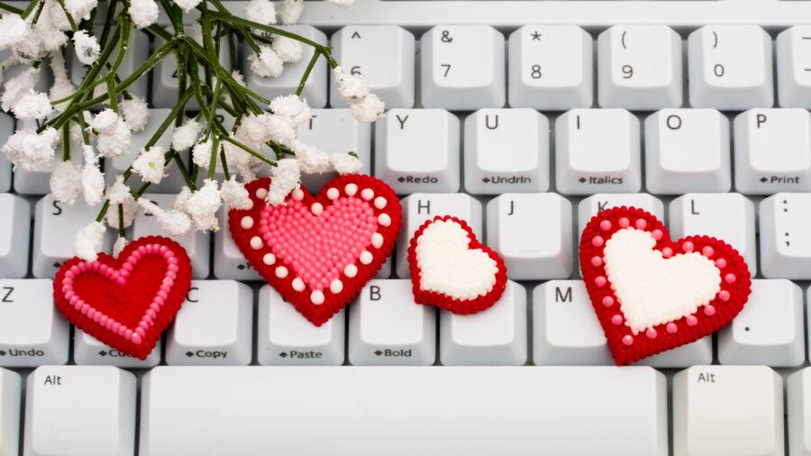сердечки на клавиатуре