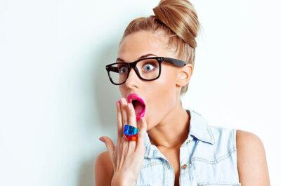 Что написать девушке в интернете: 100 сообщений, которые завоюют ее сердце