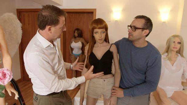 Серги Сантос и секс-куклы