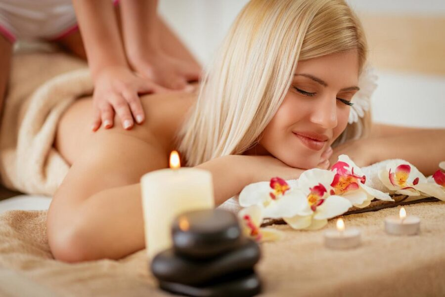 массаж девушке