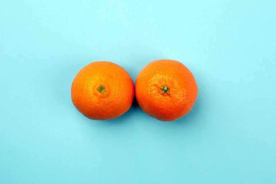 две апельсинки