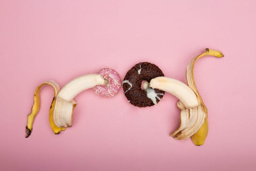 бананы и донатсы