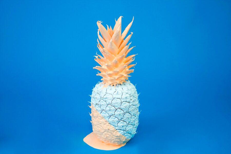 раскрашенный ананас