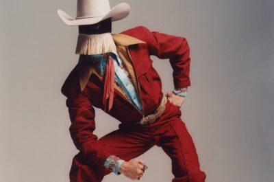 необычный парень ковбой