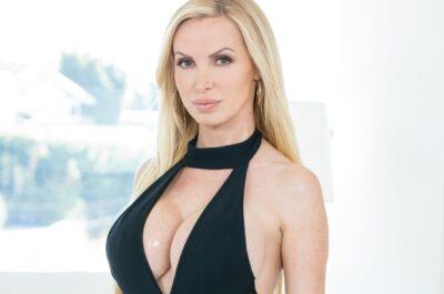 Никки Бенц – как украинская красавица стала секс-символом