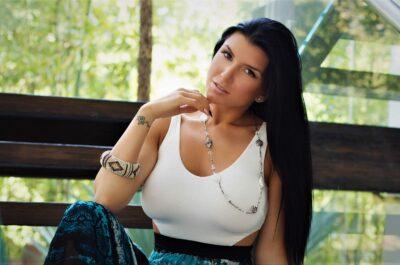 Роми Рэйн – силикон, татуировки и полтысячи порнофильмов на счету