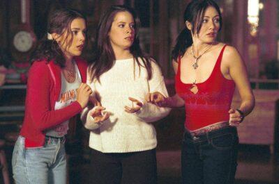 Список из 100 лучших сериалов 90-х, от которых невозможно оторваться