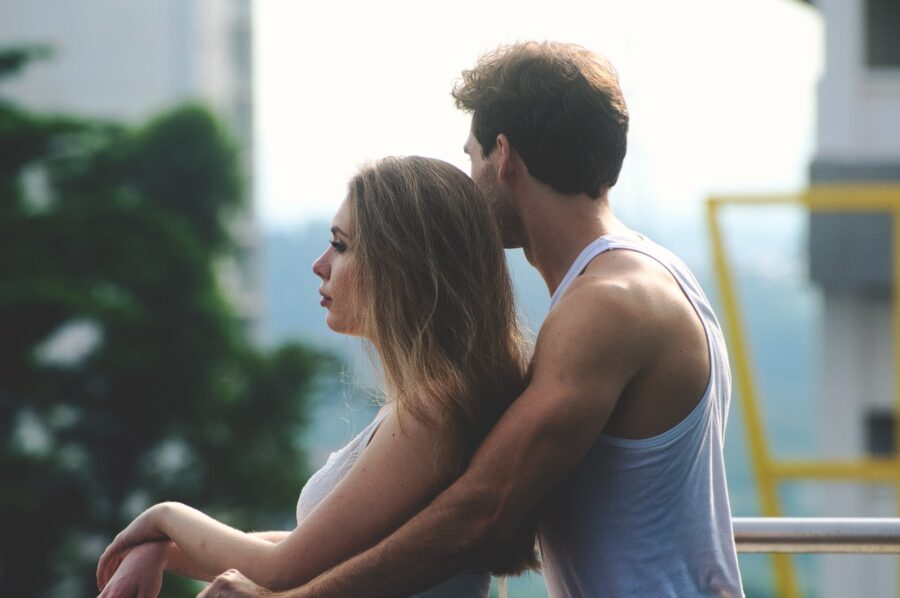 девушка и парень
