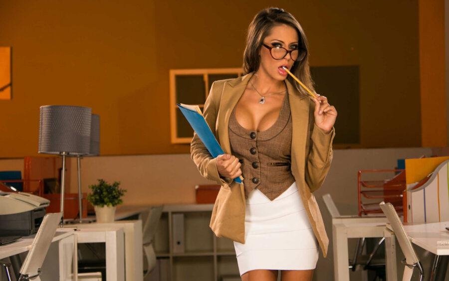 сексуальная учительница