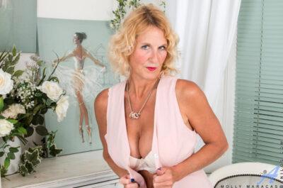 20 порно актрис жанра ГИЛФ, которые дадут отпор любой красотке
