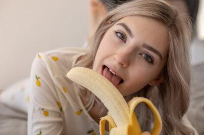 30 самых горячих порнозвезд на Jerkmate 2021